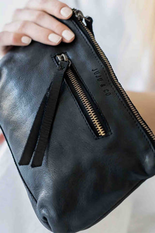 JUJU_&_Co_Small_Leather_Essential_Pouch_Black