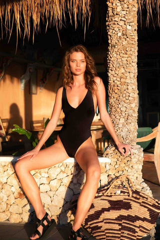 Lilya_Sofia_Swimsuit_Black