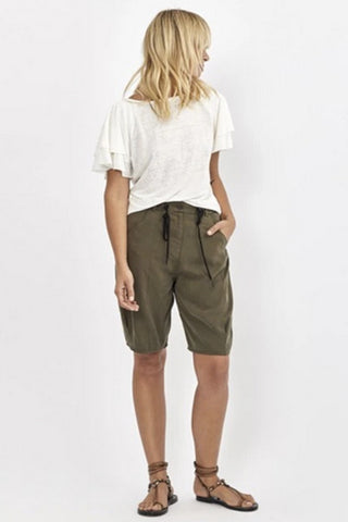 Morrison_Designer_Tibbie_Short_Khaki_Knee_Length_Relaxed_Pants