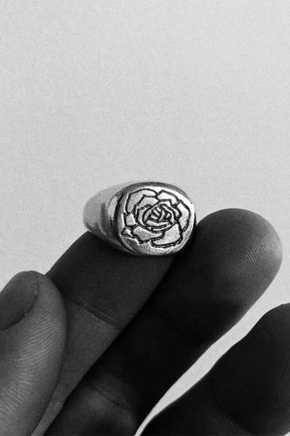Sue_The_Boy_Rose_III_Mens_Silver_Ring