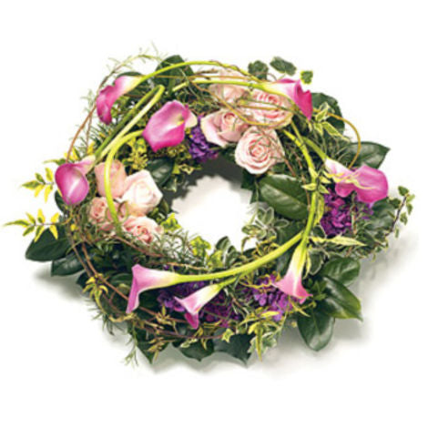 Euro Calla Lily Wreath