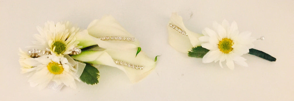 Calla lily and Daisy Boutonnière Corsage set