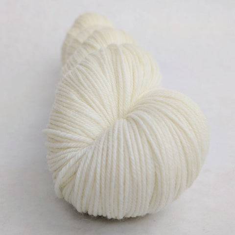 Creamy Sheep 100g skein, Greatest of Ease, ready to ship