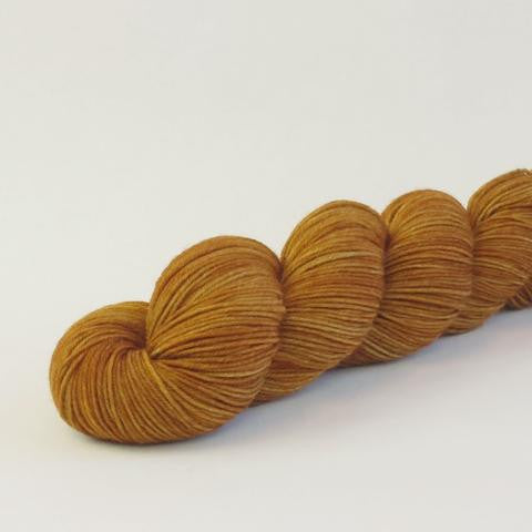 Tupelo Honey 100g Kettle-Dyed Semi-Solid skein, Greatest of Ease, ready to ship