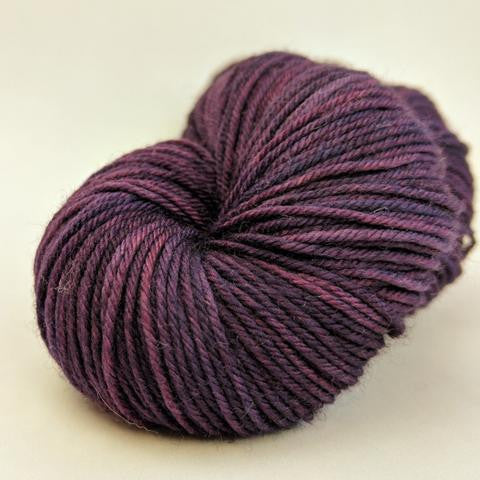 Hummingbird 100g Kettle-Dyed Semi-Solid skein, Greatest of Ease, ready to ship