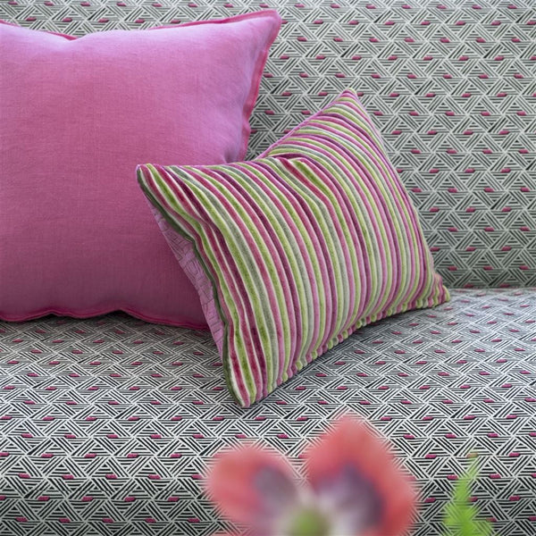 Designers Guild Ganton - Fuchsia Fabric Decor Rooms