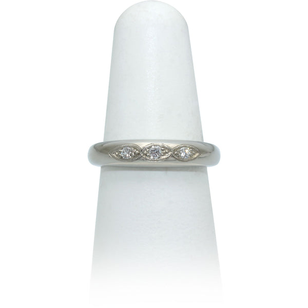 Size 6.5 - Three Diamond Band