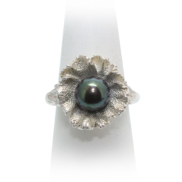 Size 8.5 - Grey Pearl Wildflower Ring