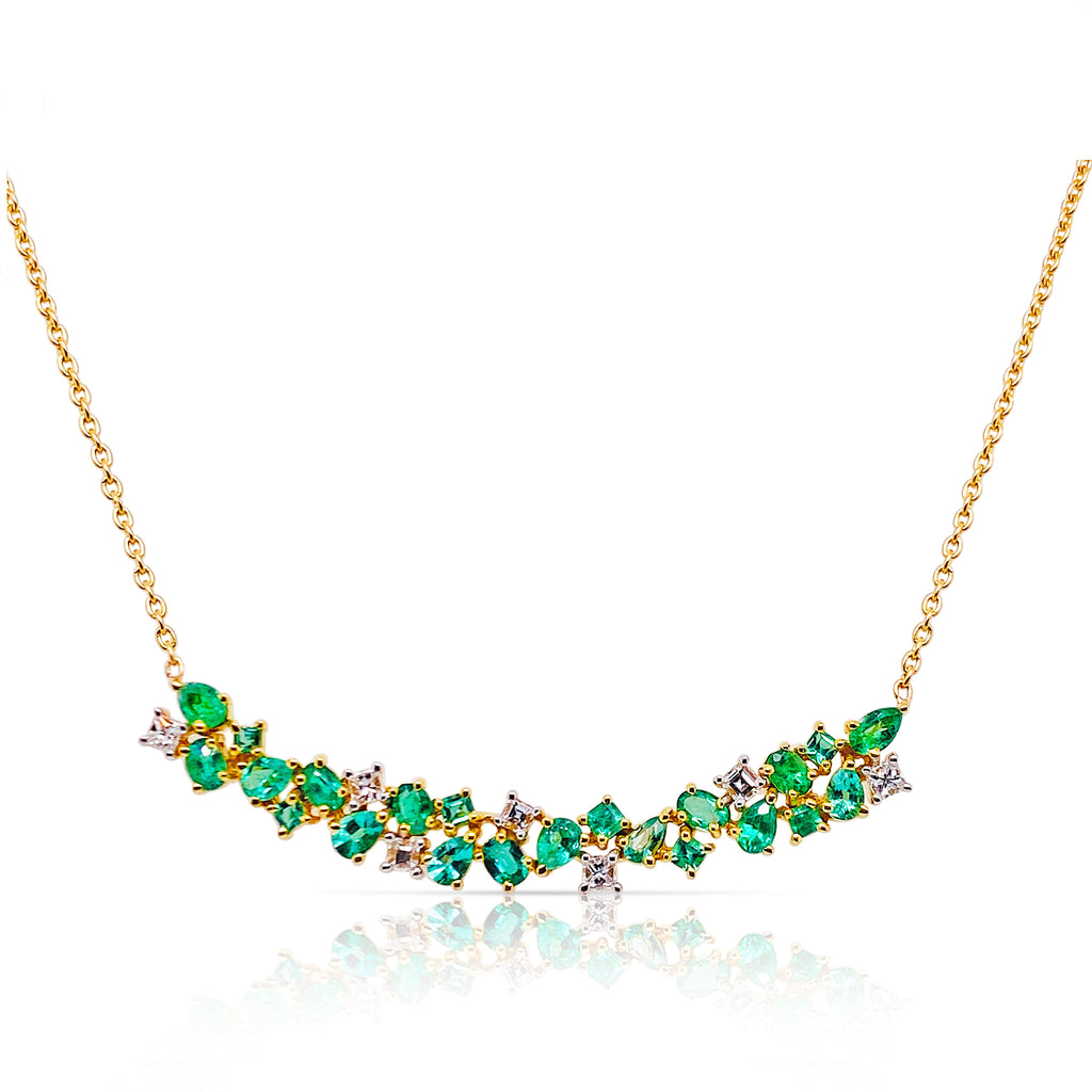 Emerald & Diamond Necklace In 18K Yellow Gold