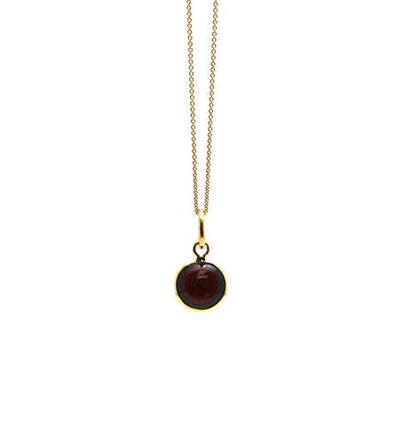 Garnet Simple Round Pendant In 18K Yellow Gold