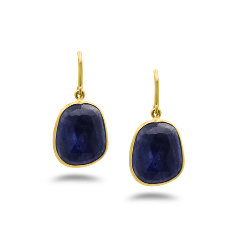 Blue Sapphire Earring In 18K Yellow Gold
