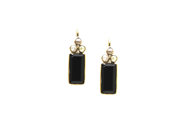 18k YG Earring With Champagne Diamond & Black Spinnel