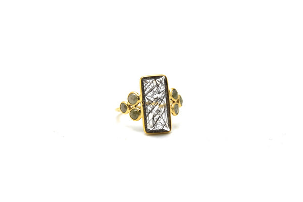 18K Yellow Gold Ring With Black Rutile and Champagne Diamond