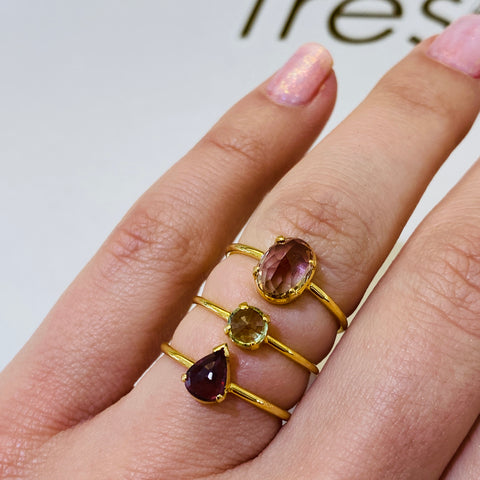 Gemstone Trillion Ring in 18K Yellow Gold