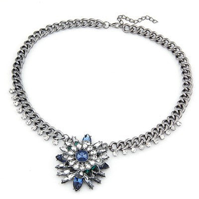 Gwyneth Sapphire Flower Necklace - Micha Store  - 1
