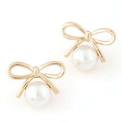 Laurette Pearl and Bow Earrings