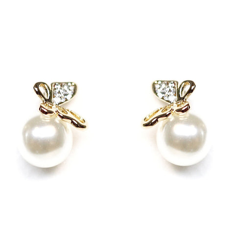 Yara Butterfly Gold Pearl Earrings