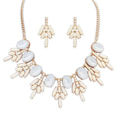 Aphrodite Crystal White Fashion Necklace - Micha Store