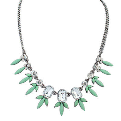 Calla Petite Flower Fashion Necklace (Green) - Micha Store  - 1