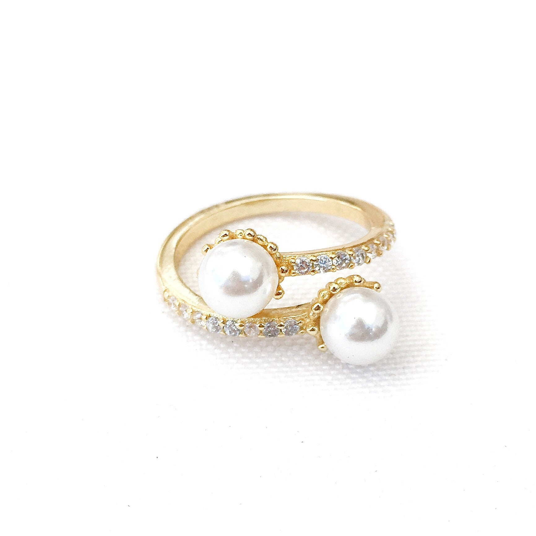 Hellen Pearls Gold Rings