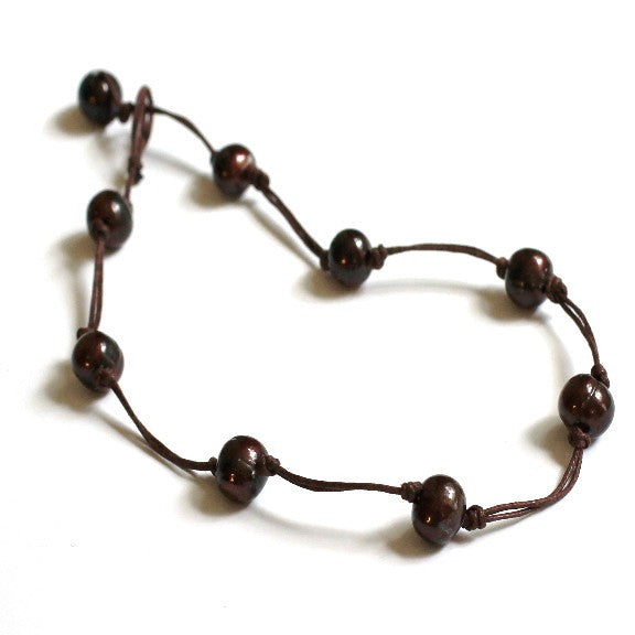 Classic Pearl Necklace Chocolate Brown - PasParTou