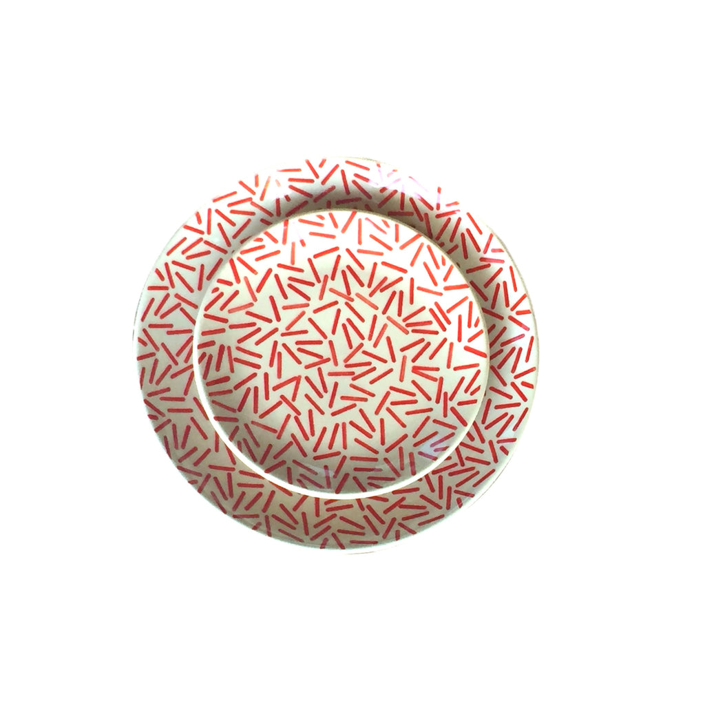 Op Art Red - Dinner Plate - PasParTou