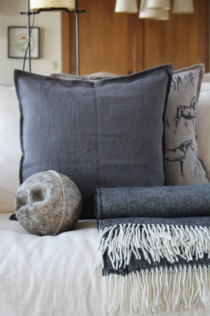 Pillow Soft Washed Linen Dark Grey 20 x 20  Pillows - PasParTou