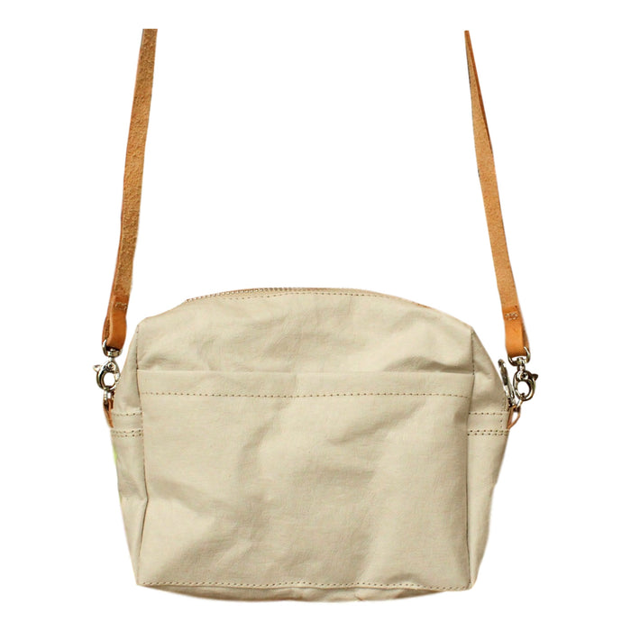 lightweight handbag, best travel bag, natural canvas color handbag, eco friendly bag, pas-par-tou