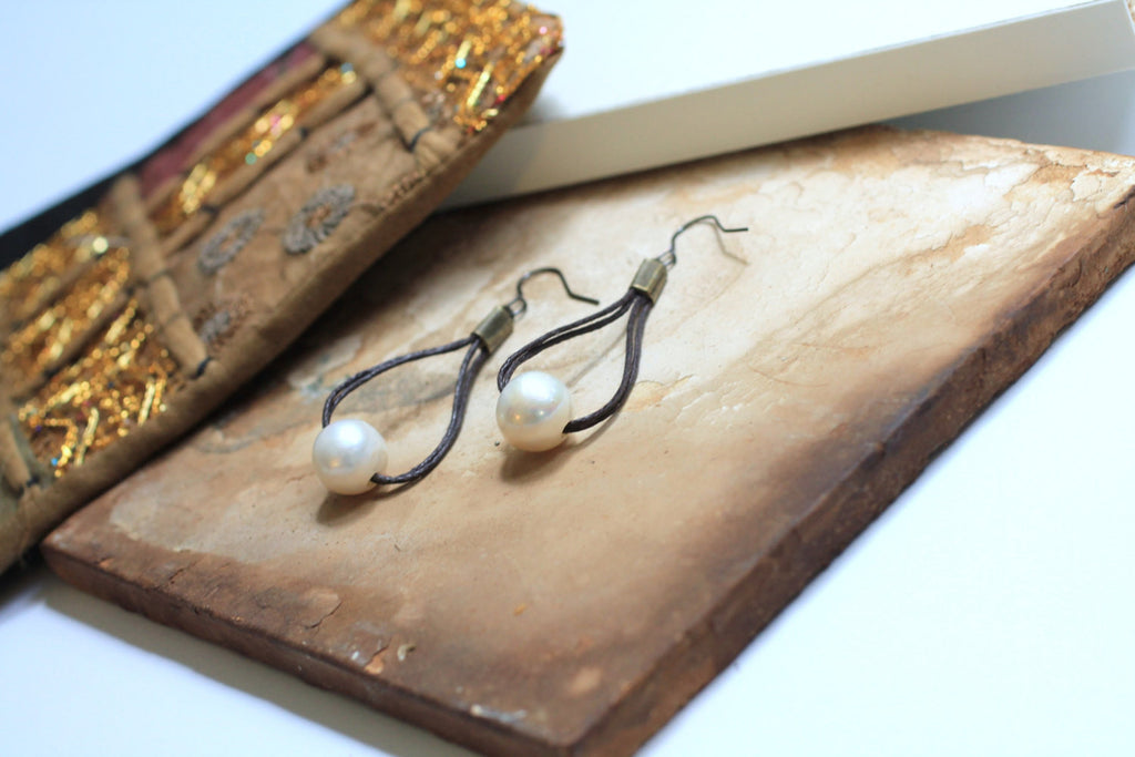 Pearl Earrings Drops - PasParTou