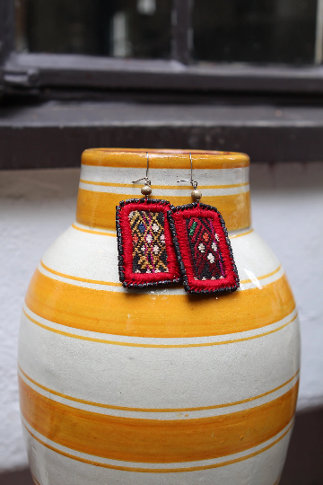 Handwoven Huipil Ceramic Earrings - Eye Heart Curated