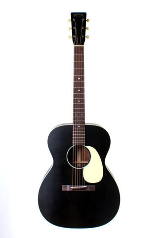 Martin 000-17, Black Smoke, Acoustic Guitar with case.