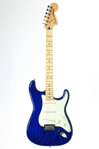 Fender Deluxe Stratocaster, Sapphire Blue Transparent, with gig bag.