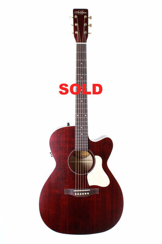 Art & Lutherie Legacy Concert Hall Electric-Acoustic Guitar, Tennessee Red.