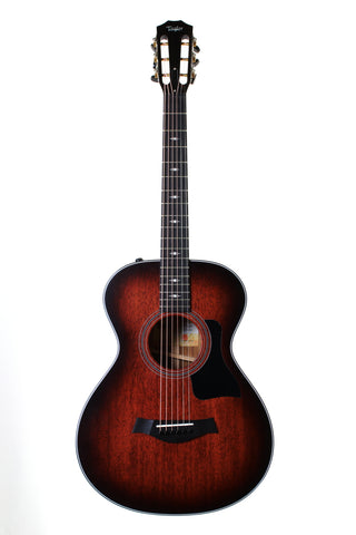Taylor 322e 12-Fret. Mahogany top, Tasmanian Blackwood back and sides