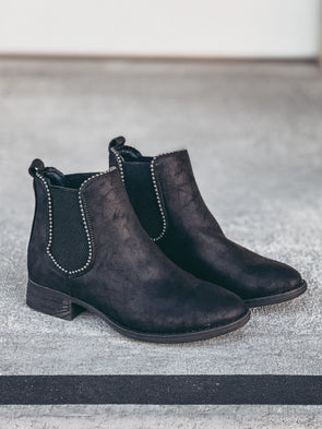 Very G Chase Bootie in Black