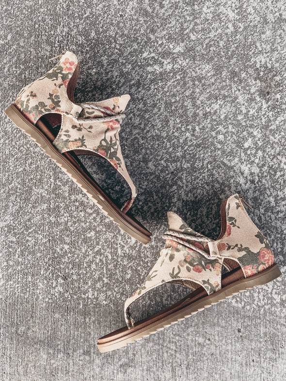 Very G Sparta Floral in Cream