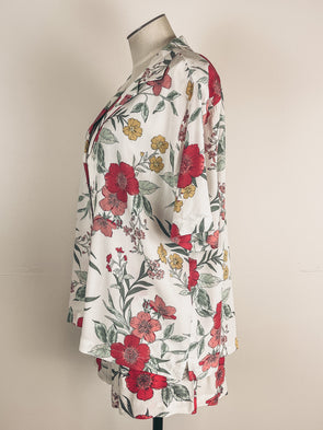 Mystree Drawstring Shorts in Black