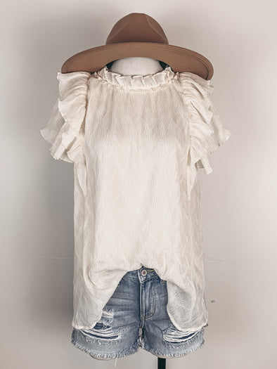 Ruffle Sleeve Crinkle Top in Natural