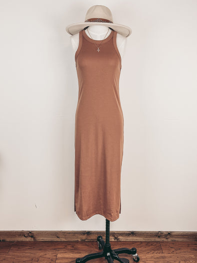 Tiered And Spotted Midi Dress in Rust