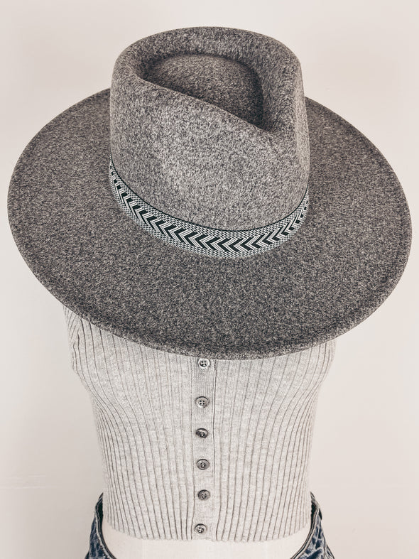 Starburst Dangle Necklace in Gold