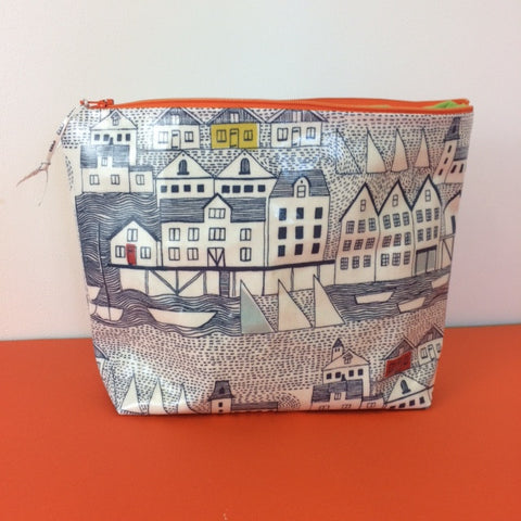 Oilcloth wash bag workshop at John Lewis Leeds