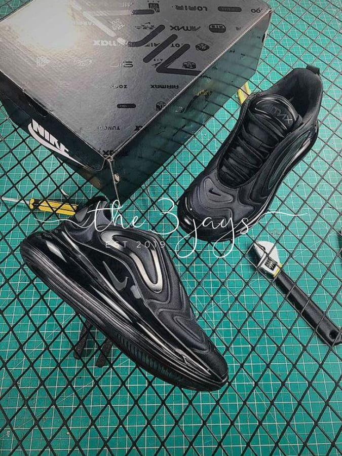 Air Max 720 Total Eclipse
