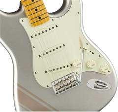 Fender Limited Edition FSR Traditional 50s Stratocaster Maple Inca Silver Shoreline Gold Stripes