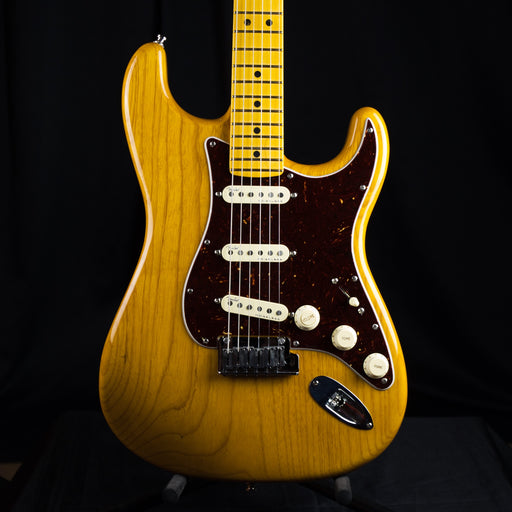 Pre Owned '19 Fender American Ultra Stratocaster Maple Neck Aged Natural W/ OHSC
