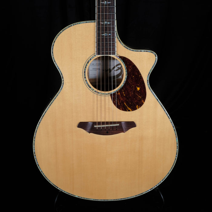Used Breedlove Stage J350EFE Cutaway Acoustic Electric Guitar With OHSC