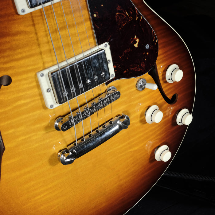 Pre-Owned '12 Collings I-35 LC Deluxe Semi-Hollow Guitar Sunburst With OHSC