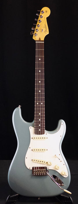 Used Fender American Professional Rosewood Sonic Gray Stratocaster Electric Guitar With OHSC