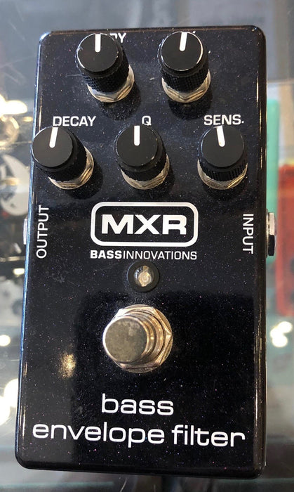 Used MXR Bass Envelope Bass Guitar Effect Pedal with Box