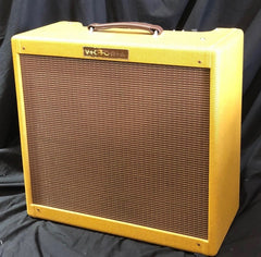 Victoria 35310 3x10 28 Watt Tweed 6L6 Tube Guitar Amplifier Demo Model