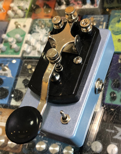 Coppersound Pedals Telegraph Stutter Momentary Silent Switch w/ Polarity Switch Guitar Pedal Ice Blue